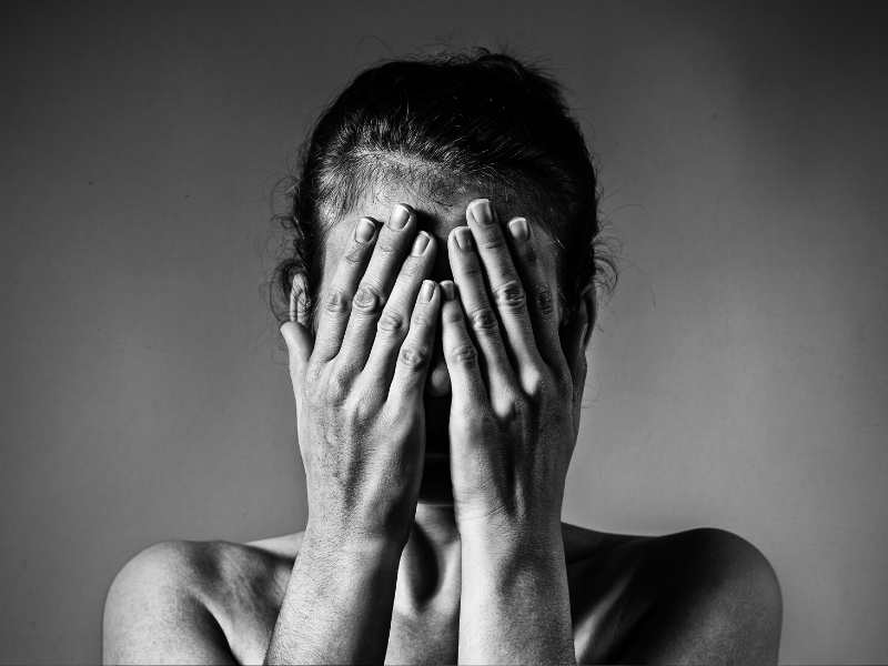 SIGNS OF NARCISSISTIC ABUSE